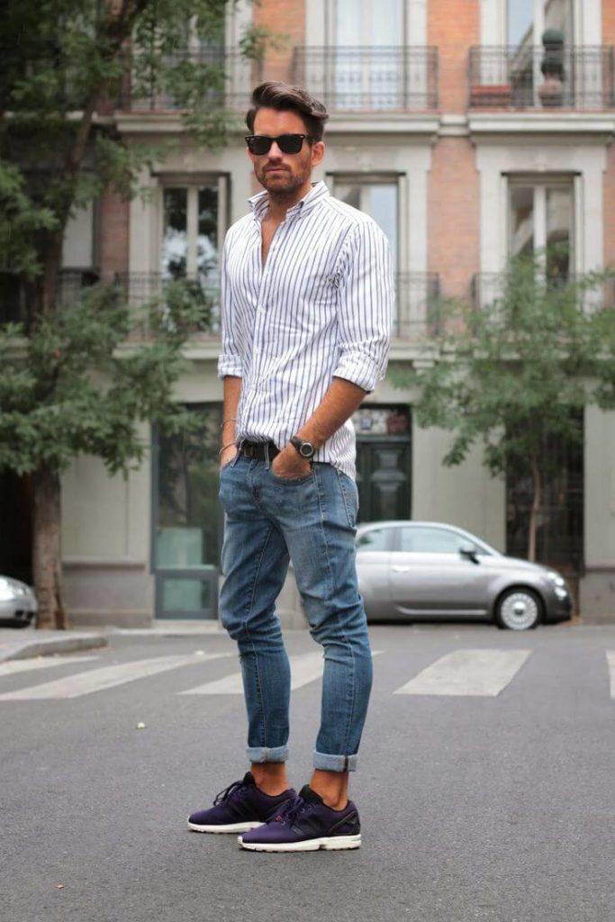 Мужские джинсы с кроссовками