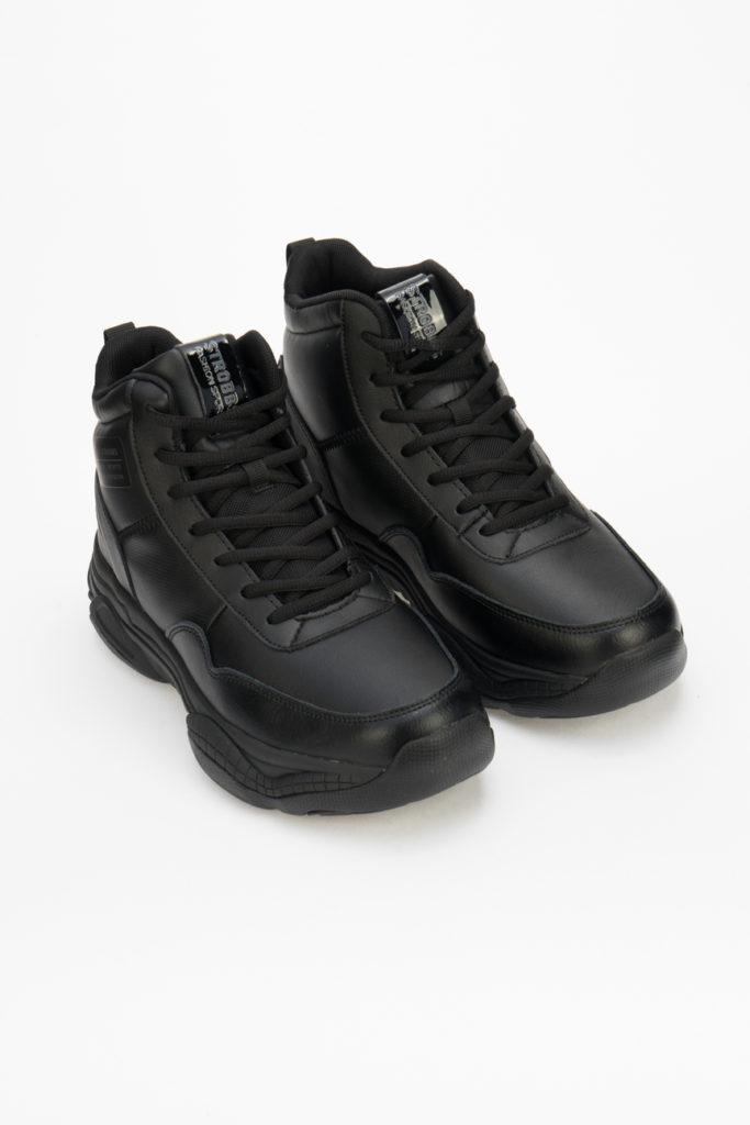 Зимние кроссовки: фото