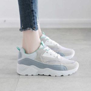 Топ кроссовок на лето