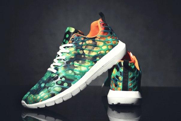 животные принты на зеленых кроссовках