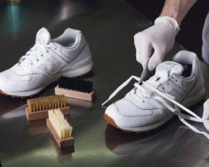 Как ухаживать за белыми кожаными кроссовками