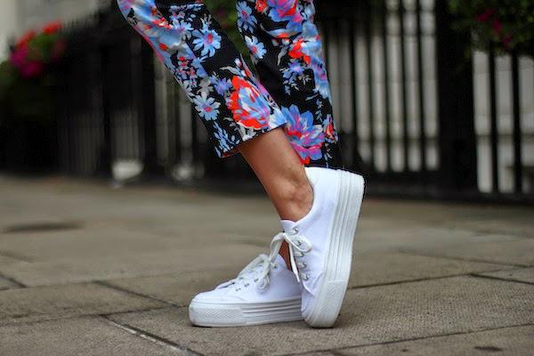 Модная обувь на толстой подошве
