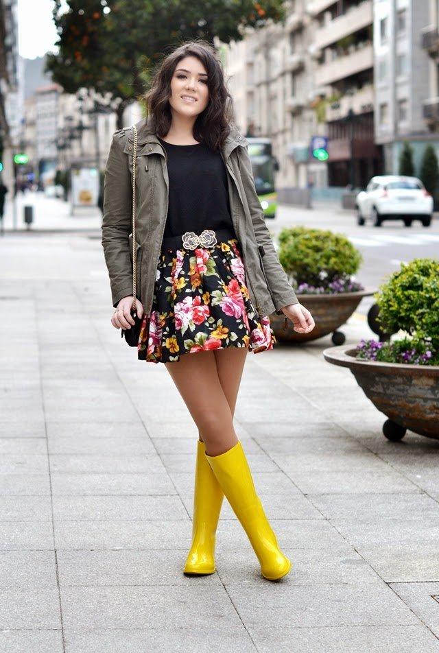 С чем носить желтые сапоги