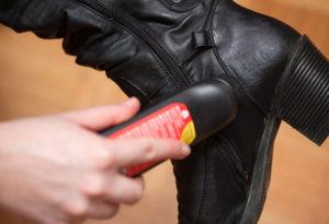 Как ухаживать за кожаными сапогами
