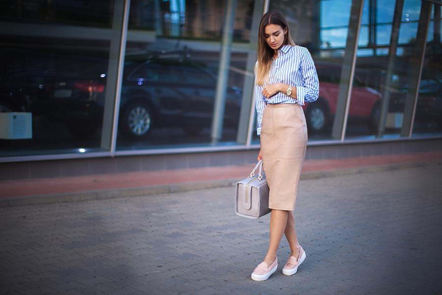 С чем носить розовые слипоны