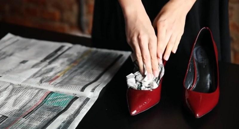 Туфли жмут в пальцах: как растянуть