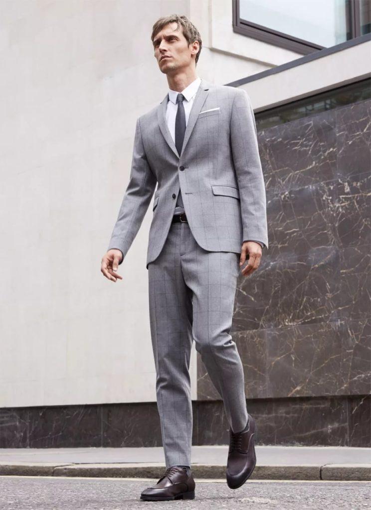 Туфли под серый мужской костюм