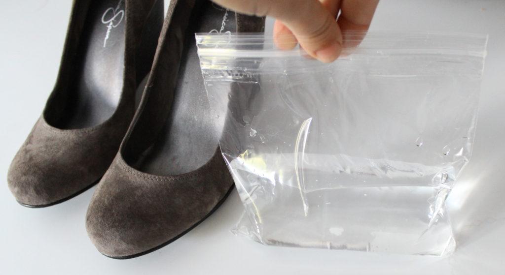 Как растянуть туфли из искусственной кожи
