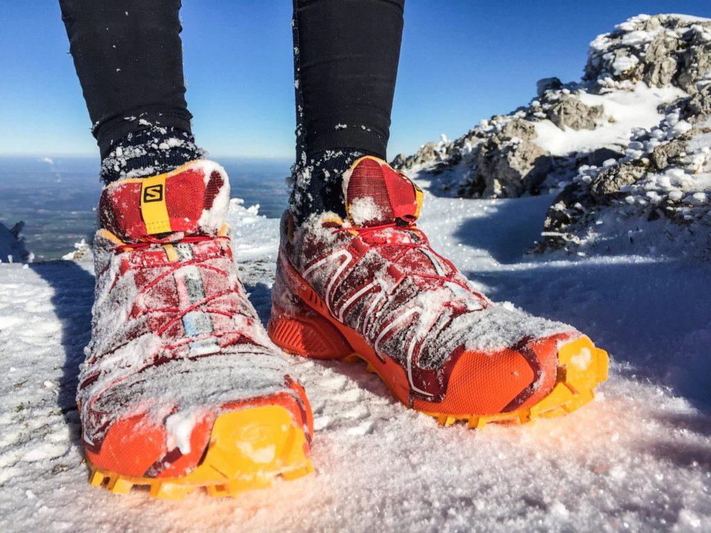 Какие кроссовки для бега зимой выбрать